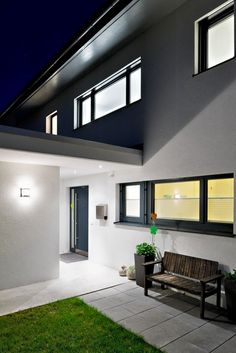 Einfamilienhaus# Satteins# Massivbau# Pool# modernes Einfamlienhaus# design Haus# mit pool# Wohndesign Flat Screen, Home, Garage, Gardens, Hip Roof, Windows, Houses With Pools, Modern Architecture, Blood Plasma