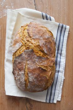 Bardzo prosty chleb nocny na drożdżach - Lawendowy Dom Bread Machine Recipes, Bread Recipes, Bread Shaping, Aesthetic Food, Food To Make, Catering, Food Photography, Food And Drink, Homemade