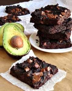 I never thought I'd like ANY black bean brownies, but these? They're amazing! They're flourless, gluten-free, vegan, healthy and packed full of protein! Plus they're oh-so fudgy and chocolatey. Definitely the best avocado black bean brownies on Pinterest!
