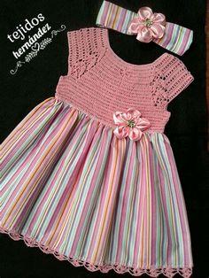 Baby Girl Dress Design, Baby Girl Dress Patterns, Little Dresses, Little Girl Dresses, Crochet Toddler Dress, Baby Girl Crochet, Crochet Baby Clothes, Vestidos Bebe Crochet, Baby Knitting Patterns