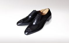 Aubercy with dimand details Men Dress, Dress Shoes, Real Men, Men's Apparel, Your Shoes, Shoe Game, Euro, Gentleman, Oxford Shoes