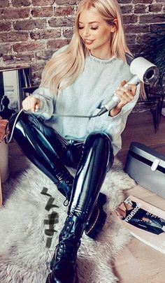 RR RR or rr may refer to: Pvc Leggings, Vinyl Leggings, Tights, Latex Pants, Vinyl Clothing, Leder Outfits, Latex Fashion, Juicy Couture, Lady