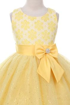 Flower Girl Dresses # :Sleeveless dress with Lace Top & Sparkly tulle skirt Girls Dresses Sewing, Little Dresses, Little Girl Dresses, Cute Dresses, Flower Girl Dresses, Kid Dresses, Toddler Dress, Baby Dress, African Dresses For Kids