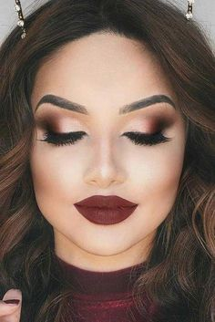 fall beauty Fall makeup ideas change as long as the fashion changes. But we have got a fresh portion of trendiest ideas for fall! Bridesmaid Makeup, Prom Makeup, Bridal Makeup, Maquillage Goth, Make Up Designs, Fall Wedding Makeup, Looks Dark, Fall Makeup Looks, Autumn Makeup