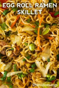Egg Roll Ramen Skillet - Quick, easy, and the best of both worlds. Ramen Recipes, Pork Recipes, Asian Recipes, Chicken Recipes, Dinner Recipes, Cooking Recipes, Recipies, Asian Egg Noodle Recipes, Recipes With Egg Noodles