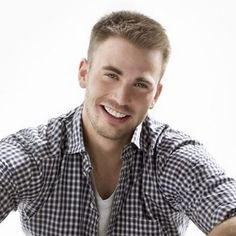 Chris Evans :) Captain America/The Human Torch, Johnny Fantastic <3 Oh, and he's also the ridiculously hot guy in the new Gucci commercial. Love him! ;)