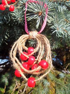 Burlap Rings with  Red Beads Christmas Tree by MomToTheMax on Etsy, $11.99