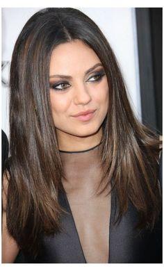 Medium Length Hair Straight, Medium Hair Cuts, Medium Hair Styles, Curly Hair Styles, Medium Length Hair With Layers Straight, Middle Length Hair, Straight Layered Hair, Medium Curly, Thick Hair