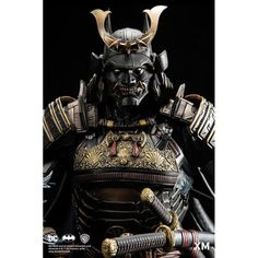 XM Studios' latest masterpiece is this handcrafted and hand-painted porcelain statue that depicts the Dark Knight as a samurai. The Batman Shogun Kabuto Samurai, Ronin Samurai, Samurai Helmet, Hannya Maske, Samurai Warrior Tattoo, Bushido, Arte Ninja, Samurai Artwork, 3d Mode
