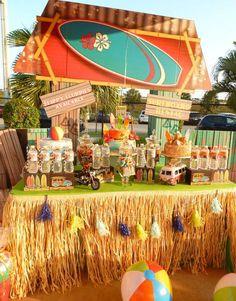 Kara's Party Ideas Disney's Teen Beach Movie Themed Birthday in Teen Beach Movie Party Decorations Surfer Party, Movie Party Decorations, Hawaiian Party Decorations, Birthday Party Desserts, Luau Birthday, Luau Pool Parties, Luau Party, Teen Beach Party, Hawaian Party