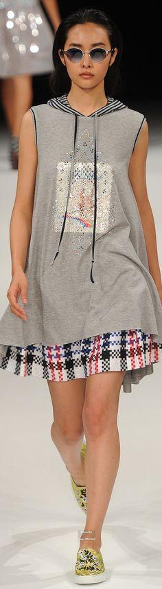 Talbot Runhof Spring Summer 2015 Ready-To-Wear collection