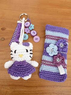 Hello Kitty and cellphone cover