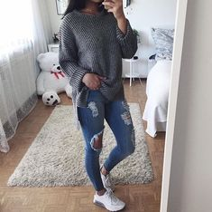 Back-to-School Outfits for Teens and Tweens Date Outfits, College Outfits, Jean Outfits, Outfits For Teens, Cool Outfits, Casual Outfits, Look Fashion, Teen Fashion, Fashion Outfits
