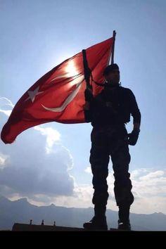 Turkish Military, Turkish Army, Turkey Flag, Turkish Soldiers, Visit Turkey, Istanbul Travel, Flags Of The World, Ottoman Empire, Turkish Actors