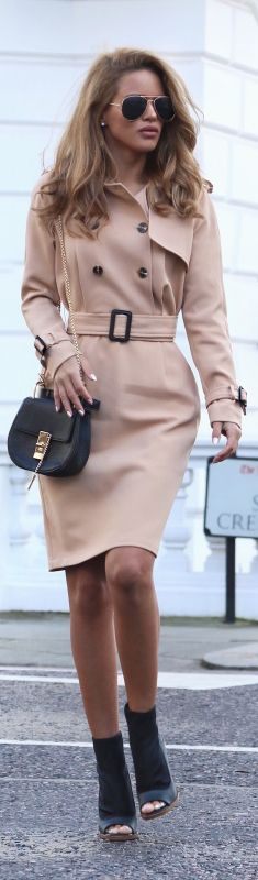Classic Trench / Fashion By Nada Adelle