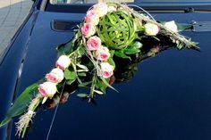 Autodekoration für Ihre Hochzeit: Hochzeitsfloristik bei der Blumenecke