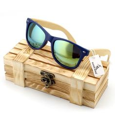 Men's Bamboo Wood Sunglasses in Vintage Style with Plastic Frame and Polarized UV Protection Colorful Lens In Gift Box - Vietees Shop Online - 1