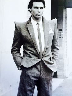 Pierre Cardin Men's Suit with Pagoda shoulders 1978