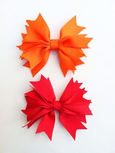 Girls hair bow by DecorativeMatters on Etsy, $3.00