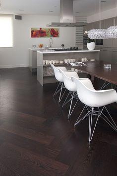 Beukers Vloeren - Wengé een warme houtsoort - Product in beeld - - Startpagina voor vloerbedekking ideeën | UW-vloer.nl