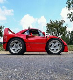 Ferrari F40 by scott597, via Flickr