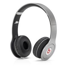 Beats by Dr. Dre Wireless Cuffie On-Ear - Argento Beats by Dr. Dre http://www.amazon.it/dp/B00EXJQHN8/ref=cm_sw_r_pi_dp_t9vjvb0PM7MH3