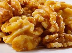 Walnuts - 10 Superfoods ALL Vegans should consume! Article by Butterflies Katz: http://vivalavegan.net/community/articles/154-10-superfoods-all-vegans-should-consume.html