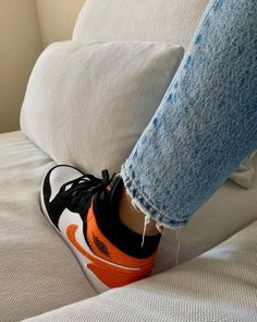 Orange Basketball Shoes Outfit,Jordan Sneakers,Fashion Air Jordan 1 Shoes Air Jordan Sneakers, Sneakers For Sale, Jordans Sneakers, Air Jordans, Michael Jordan, Jordan 1, Orange Basketball Shoes, Hot Shoes, Sneakers Fashion