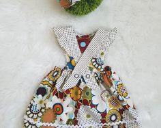 Baby Girl Flutter Sleeve Dress-Girls Flutter Sleeve Dress-Girls Baby Romper Dress-Girls Floral Bib Dress-baby dress outfit- 3/6mth-24mths