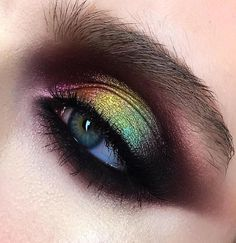 Gorgeous Makeup: Tips and Tricks With Eye Makeup and Eyeshadow – Makeup Design Ideas Colorful Eye Makeup, Eye Makeup Art, Eye Makeup Tips, Skin Makeup, Makeup Inspo, Eyeshadow Makeup, Makeup Inspiration, Makeup Brushes, Makeup Ideas