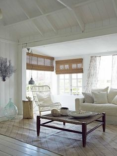 Coastal Living Great Ideas on Living Room Style, the Southwestern Style or Country Cottage Style Coastal Living Rooms, Cottage Living, Cottage Style, Home And Living, Country Living, Simple Living, Country Style, Beach Cottage Decor, Coastal Decor
