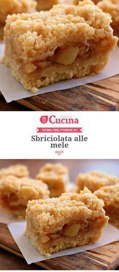 Sbriciolata alle #mele Bakery Recipes, Gourmet Recipes, Dessert Recipes, Cooking Recipes, Italian Desserts, Just Desserts, Delicious Desserts, Apple Recipes, Sweet Recipes