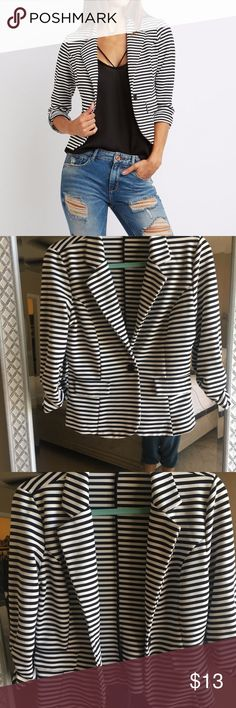 Charlotte Russe Black & White Striped Blazer Charlotte Russe Black and white striped blazer Size Large. There are 2 fake pockets in the front and a black button. This has been worn 1x and in  new condition! Such a cute work or night out blazer. Office Chic. Ver ry soft and stretchy material 95% polyester 5% spandex. Charlotte Russe Jackets & Coats Blazers