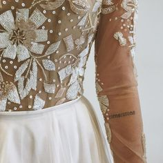 What Better Way To Begin A Day At Maggie Louise Than Some Hayley Paige Goodness The Sweetest Ink Love This Detail Shot Of Remmington Gown
