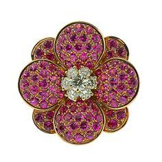 VAN CLEEF & ARPELS Pink Sapphire and Diamond Cocktail Ring  Robin Katz