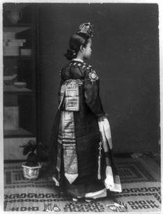 Kisaeng, the Korean geisha