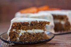 Bolo de cenoura é bom porque não precisa de qualquer impregnação adicional, é inicialmente muito macia e suculenta. Bom apetite!