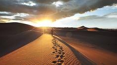 Trekking i ørkenen i Namibia