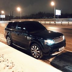 """Find out additional info on """"Jeep Compass"""". Look at our web site. Range Rover Black, Range Rover Car, Range Rover Evoque, Range Rovers, My Dream Car, Dream Cars, Range Rover Supercharged, Suv Cars, Cars Auto"""
