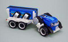 "Zdravăn (for ""A Bus Stop in Bucharest"") Lego Police, Lego Military, Lego Mini, Lego Words, Lego Machines, Lego Creator Sets, Lego Truck, Lego Christmas, Lego Ship"