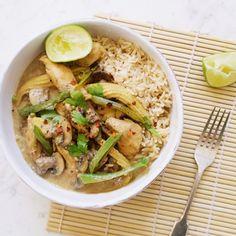 thai chicken curry    madeleine shaw    paleo