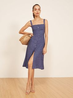 fc48480b6f42 I ll go for one drink. This is a midi length dress with non
