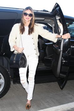 15 Celebs Who Rule At Travel Style #refinery29  http://www.refinery29.com/58879#slide5  Miranda Kerr has travel style down to a T, and frankly, it was almost a challenge to pick one airport look we liked best.