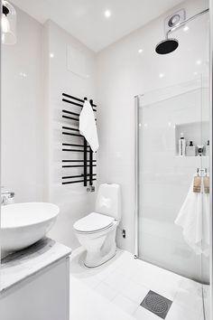 Stilrent badrum, renoverat 2014