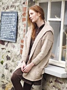 Knit this womens stocking stitch cardigan with oversized textured collar from our Tweed Collection. A design by Marie Wallin using Rowan Tweed Aran a beautifully soft, traditionally spun yarn comprising 100% wool. This knitting pattern is suitable for beginners.