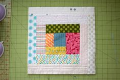 Quilt As You Go: Scrappy log cabin block