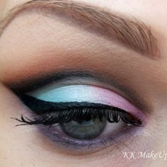 Cut crease eyes are definitely strong and sexy. Create this look with the Bh Party Girl Palette, and mix and match neutrals with colors for sultry eyes.