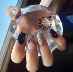 In look for some nail designs and ideas for your nails? Listed here is our list of 34 must-try coffin acrylic nails for fashionable women. Fancy Nails, Love Nails, Pretty Nails, Square Nail Designs, Chevron Nail Designs, Rose Gold Nails, Nagel Gel, Prom Nails, Fabulous Nails