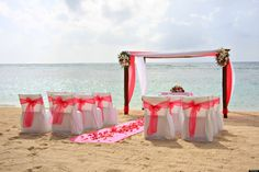 What makes a beach wedding successful? Our team of wedding experts at #WaikoloaMarriott and these tips for planning a beach #wedding.