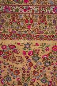 Local style: Jamawar, the woven jewel of Kashmiri shawls Mood Colors, Colours, Kashmiri Shawls, Indian Textiles, Indian Embroidery, Pashmina Shawl, Paisley Pattern, Color Pallets, Woven Rug